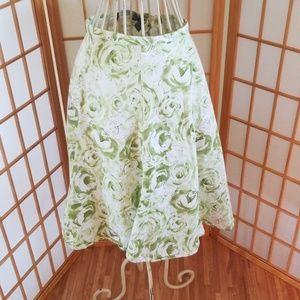 Hillard and Hanson Petite Green and White Skirt